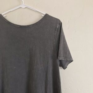 b515c37600e LuLaRoe Dresses - LuLaRoe Distressed Gray Carly Tee Shirt Dress L